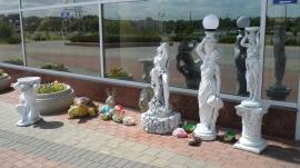 Выставка бетонных скульптур в Барановичах