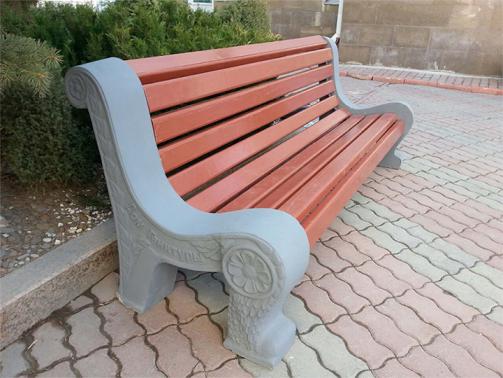 Скамейки из бетона: почему стоит купить